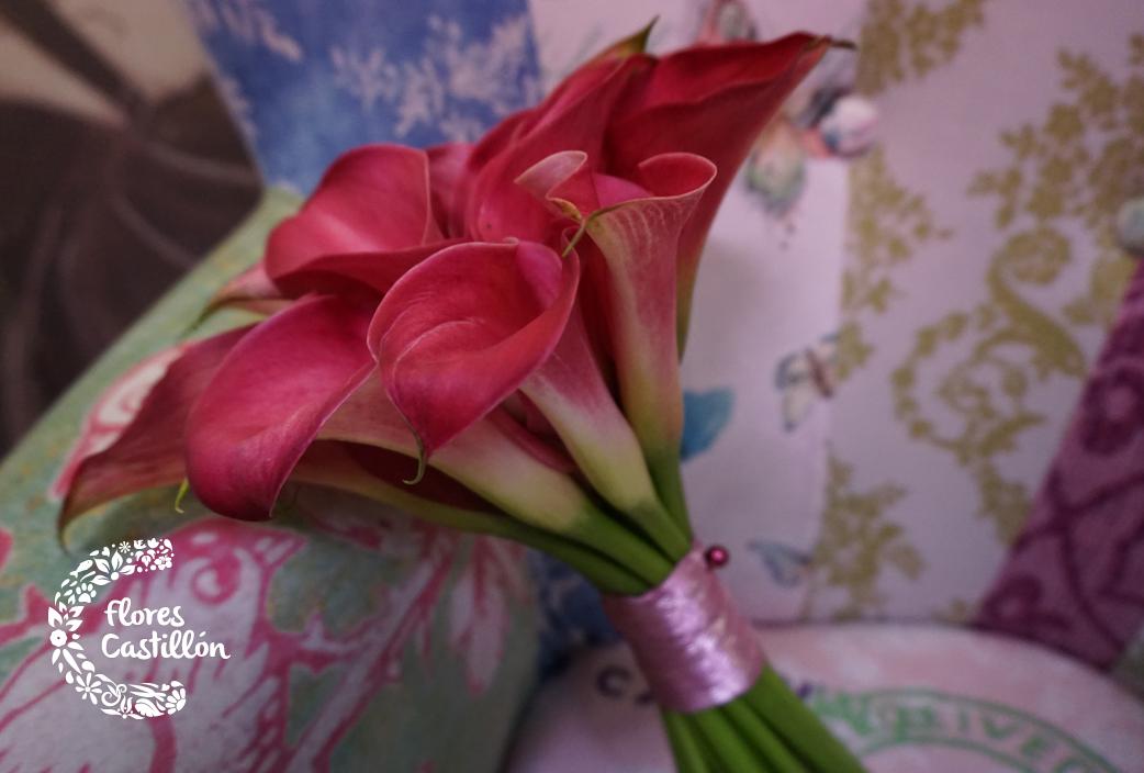 ramo-novia-calas-burdeos