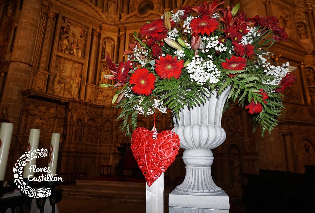 flores-en-color-rojo-para-boda