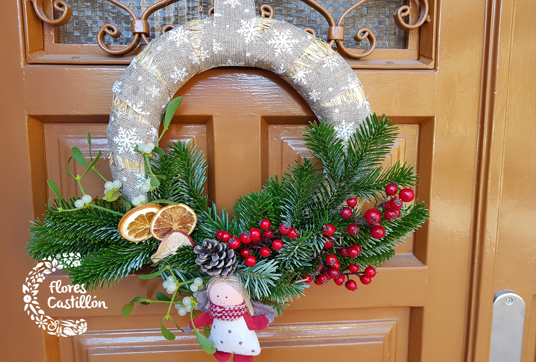 Regalos navide os atr vete con las flores flores castillon - Coronas de navidad para puertas ...