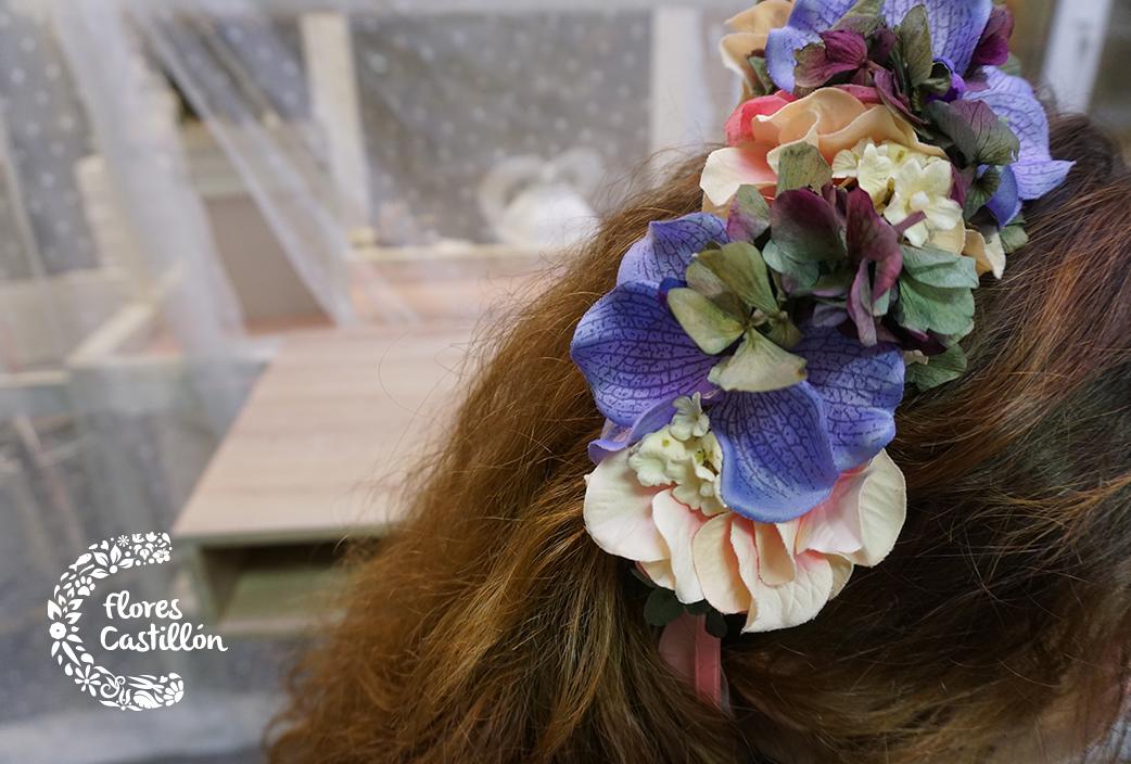 flores-para-el-pelo-invitada