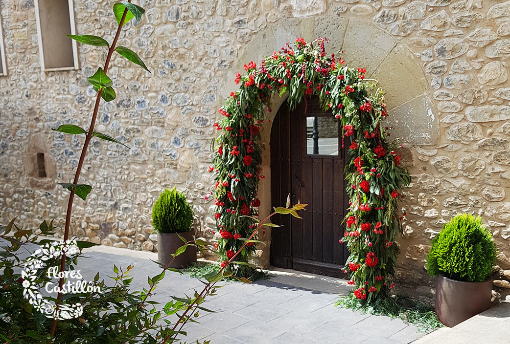 arco de puerta en liguerre de cinca