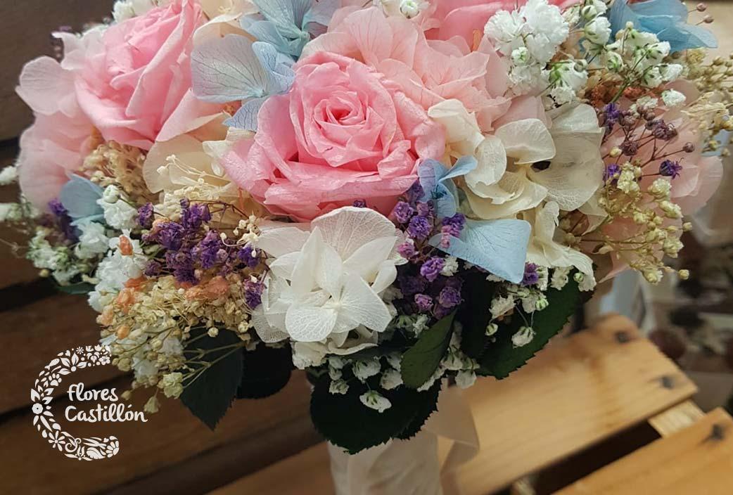 ramos para novia elaborados con flores preservadas