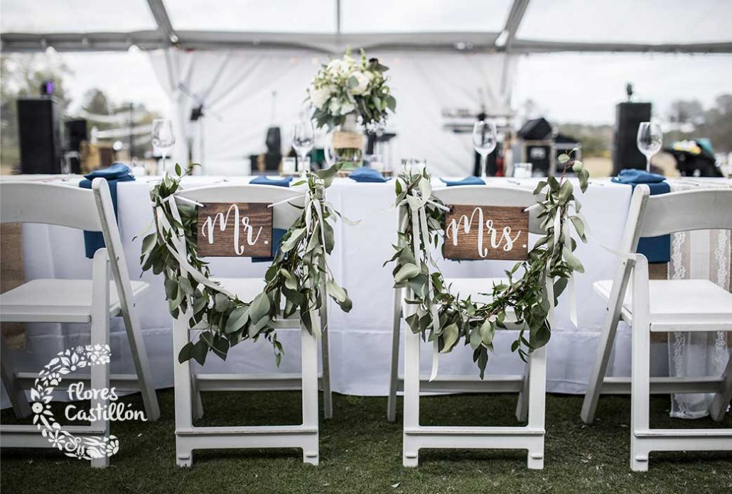 decorar sillas de boda de forma original